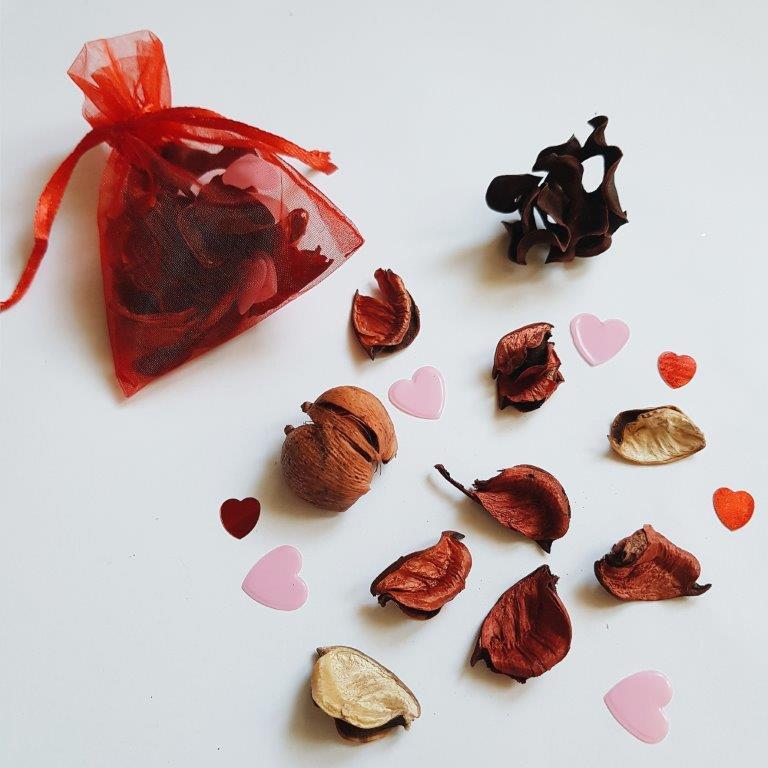 Sensozabawy na Walentynki - woreczek zapachowy