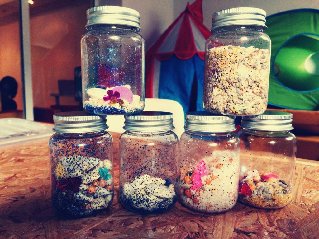Domowe instrumenty - buteleczki wzrokowo-dźwiękowe DIY